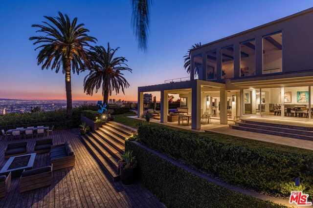 Photo of 1380 Mockingbird PL, LOS ANGELES, CA 90069