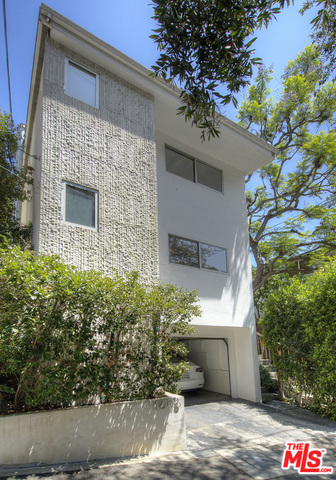 Photo of 1606 Crater Ln, Los Angeles, CA 90077