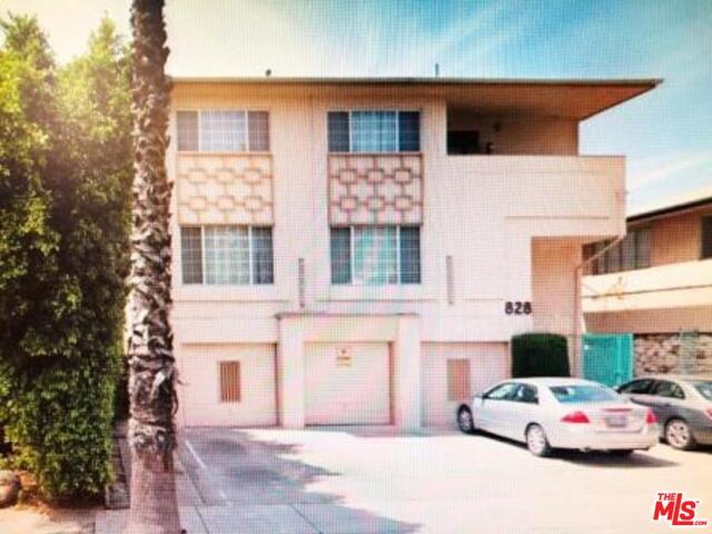 Photo of 828 Lincoln Blvd #1, Santa Monica, CA 90403