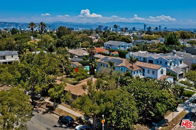 Photo of 9149 Cresta Dr, Los Angeles, CA 90035