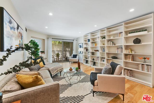 Photo of 1230 Horn Ave #422, West Hollywood, CA 90069