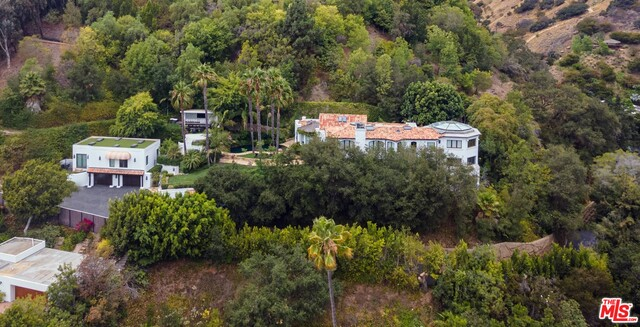 Photo of 10048 Cielo Dr, Beverly Hills, CA 90210