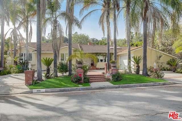 Photo of 771 N Bundy Dr, Los Angeles, CA 90049