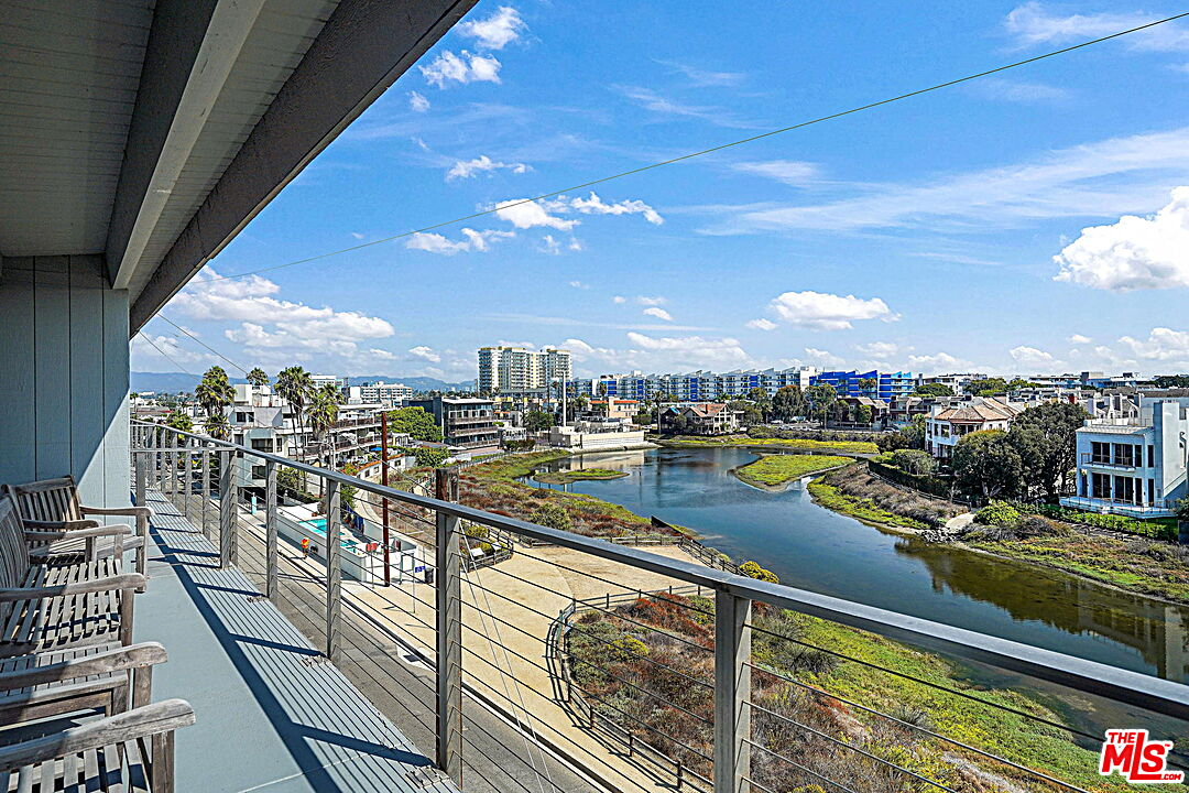 Photo of 4105 Pacific Ave #4, Marina Del Rey, CA 90292