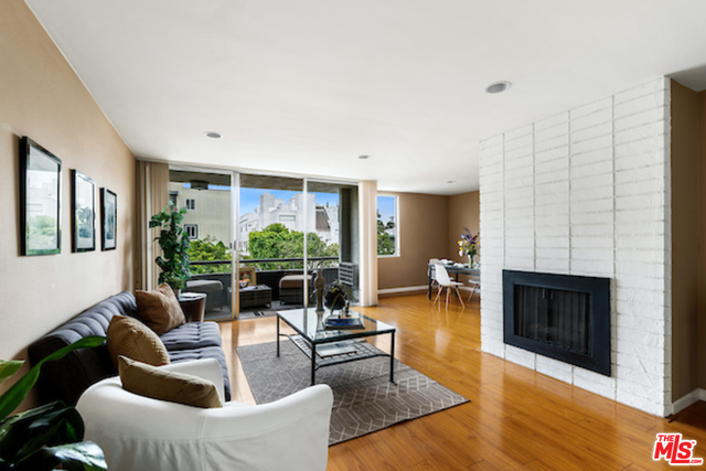 Photo of 11951 Mayfield Ave #102, Los Angeles, CA 90049