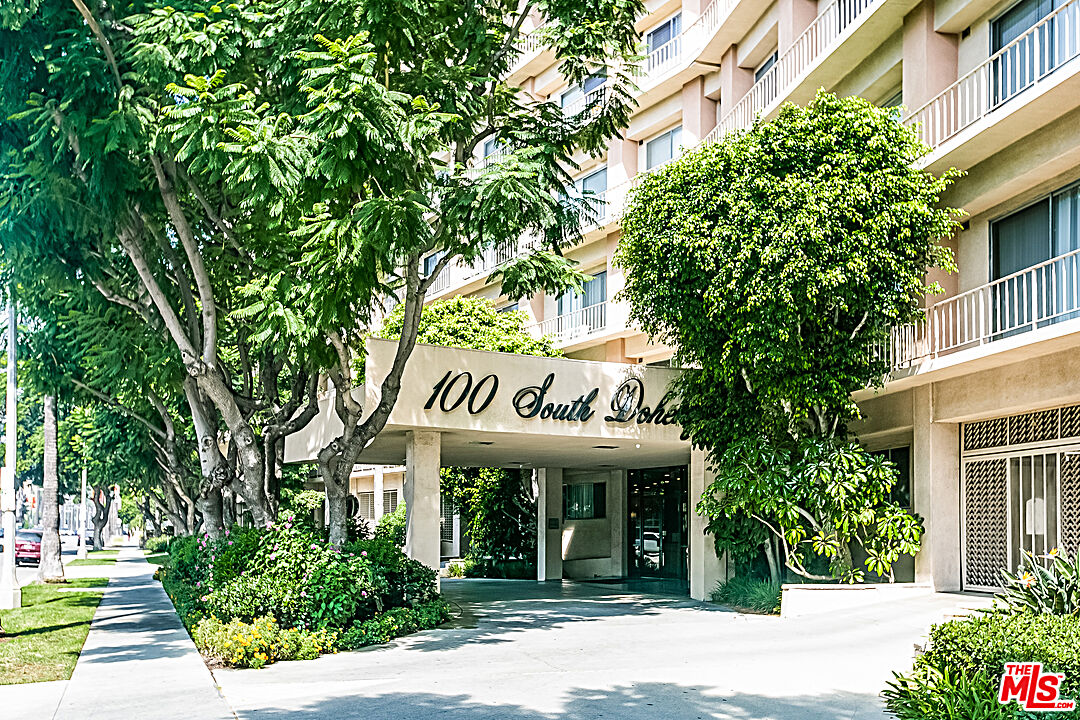 Photo of 100 S Doheny Dr #223, Los Angeles, CA 90048