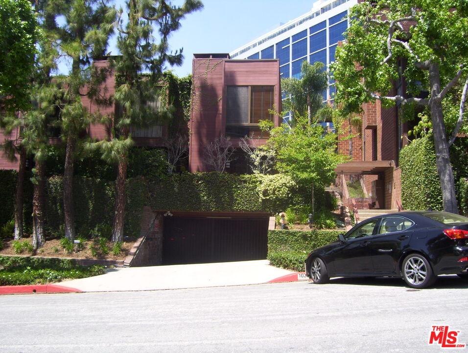 Photo of 1033 Carol Dr #305, West Hollywood, CA 90069