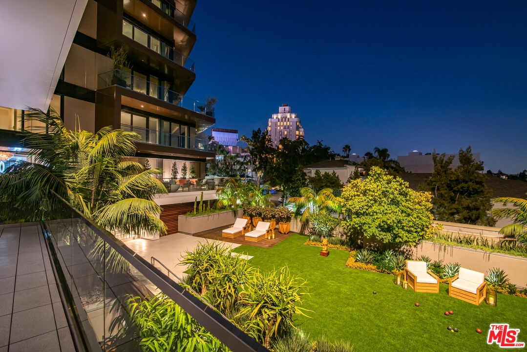 Photo of 8420 W Sunset Blvd #503, West Hollywood, CA 90069