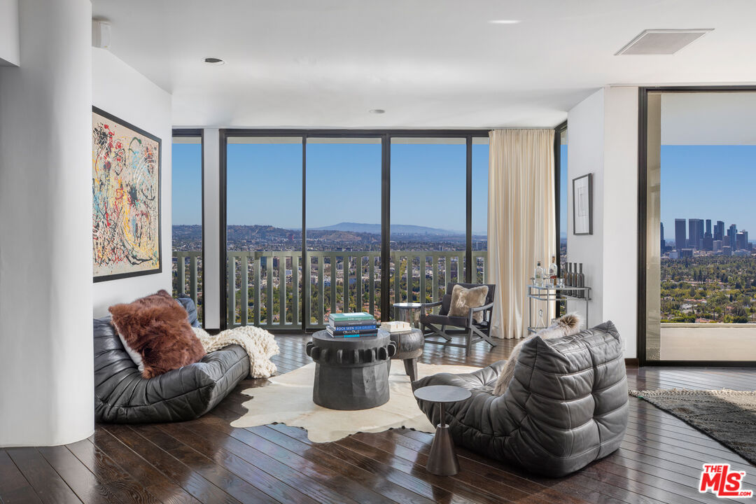 Photo of 9255 Doheny Rd #1602, West Hollywood, CA 90069