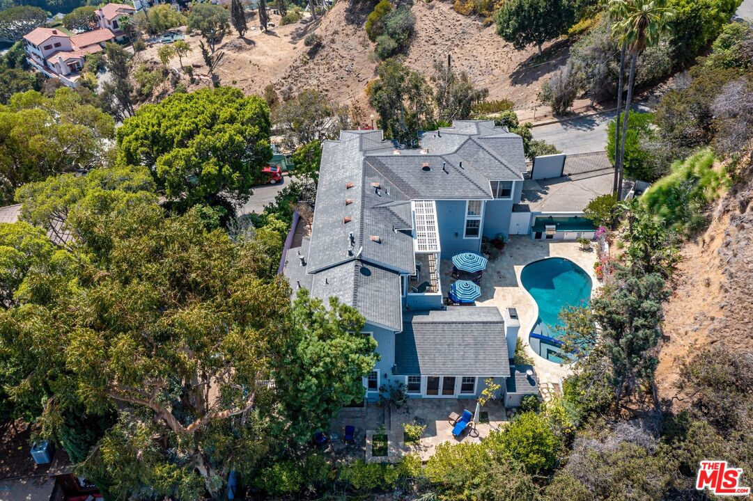 Photo of 8673 Hollywood Blvd, Los Angeles, CA 90069