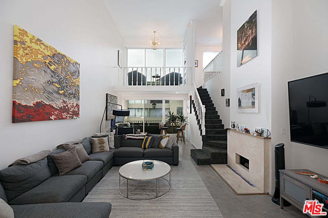 Photo of 8455 Fountain Ave #620, West Hollywood, CA 90069