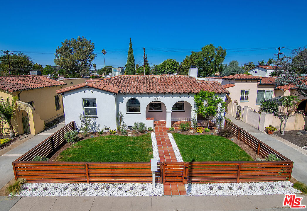 Photo of 1769 S Crescent Heights Blvd, Los Angeles, CA 90035