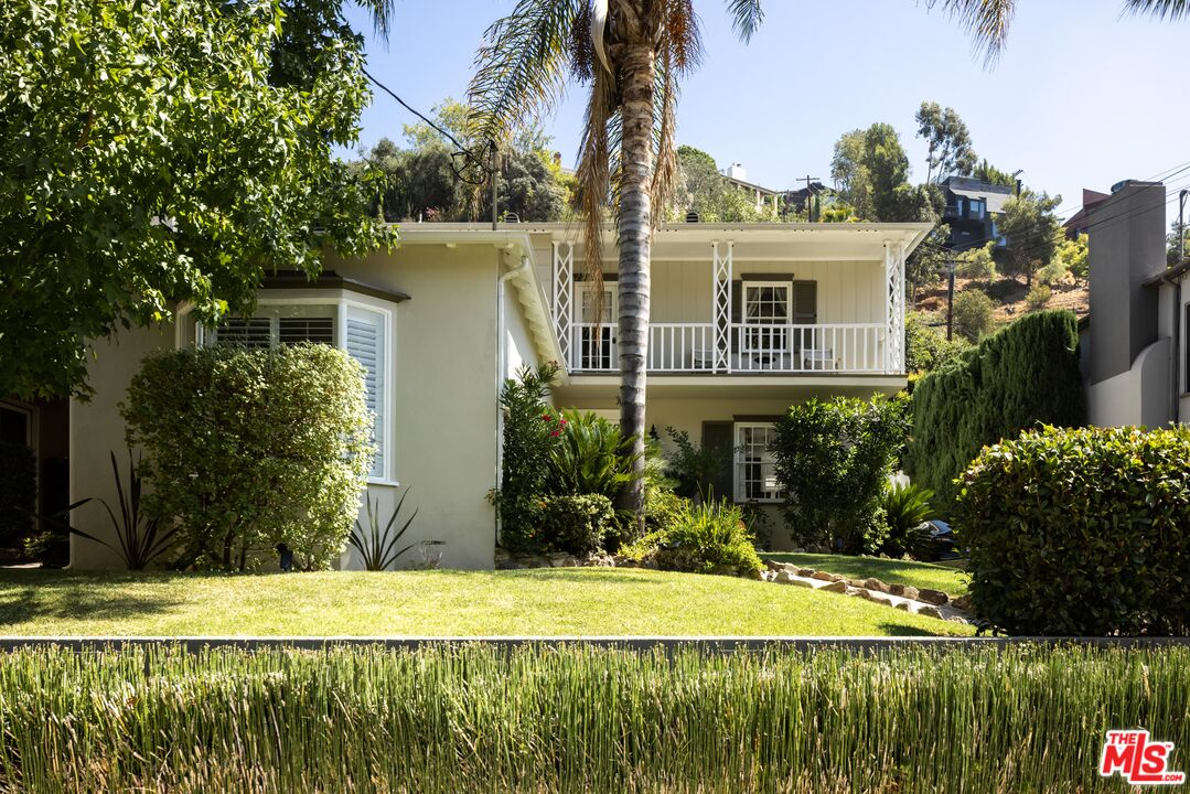 Photo of 2518 Canyon Dr, Los Angeles, CA 90068
