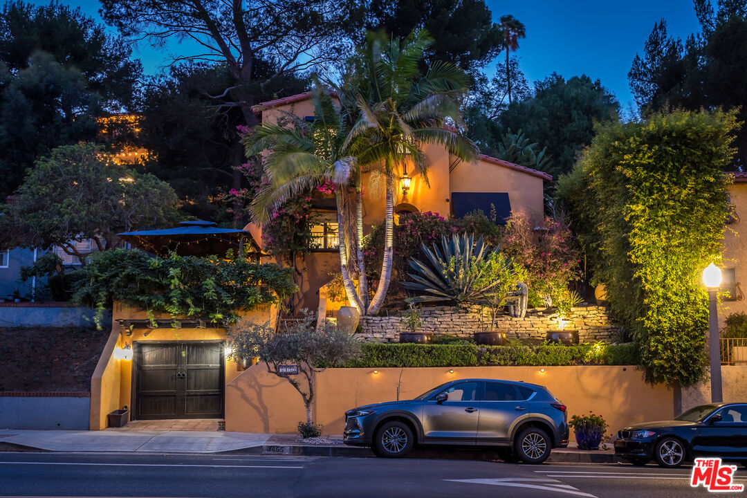 Photo of 3455 Griffith Park Blvd, Los Angeles, CA 90027