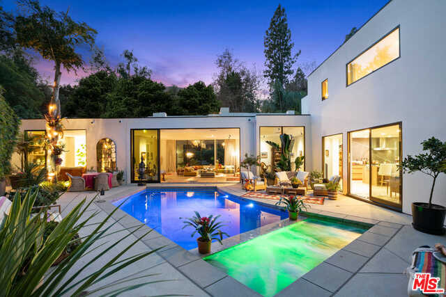 Photo of 1140 BROOKLAWN DR, LOS ANGELES, CA 90077