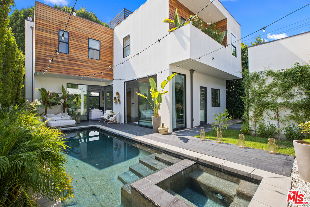 Photo of 8929 Rangely Ave, West Hollywood, CA 90048