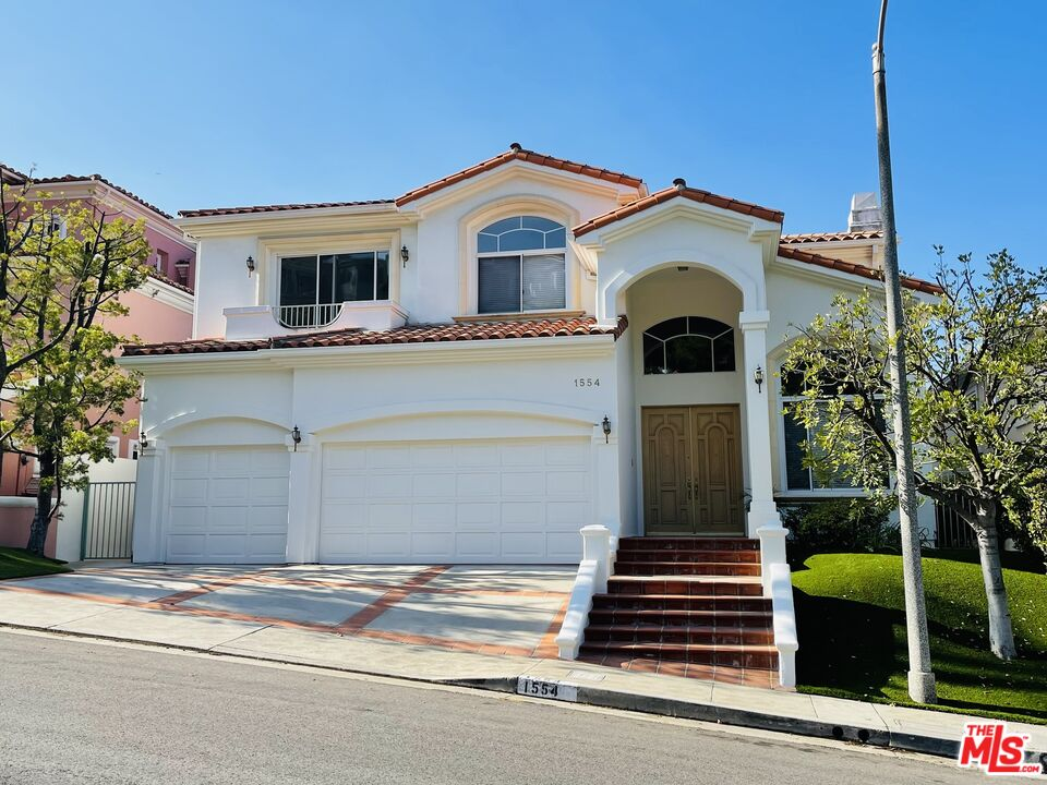 Photo of 1554 W Chastain PKY, Pacific Palisades, CA 90272
