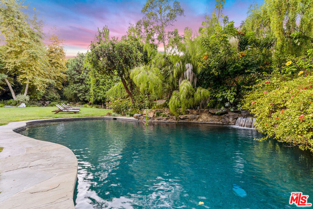 Photo of 2387 Mandeville Canyon RD, LOS ANGELES, CA 90049